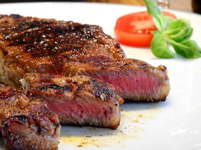 ステーキ調理におすすめの低温調理器