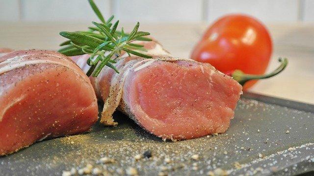 低音調理器で作る豚ヒレ肉料理