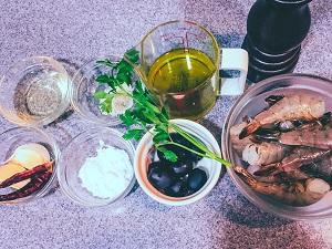 低温調理器で美味しいエビ料理を作る